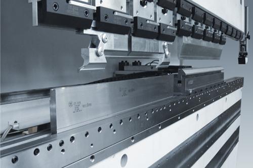 EuroStamp. Fabricación de punzones y matrices para plegadora