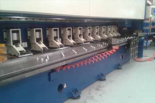 CIDAN. Maquinas fresadoras V-Cut